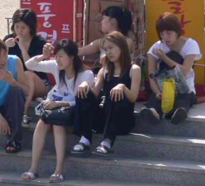 韓国のお姉さんの写真も欲しいというリクエストがあったので・・・