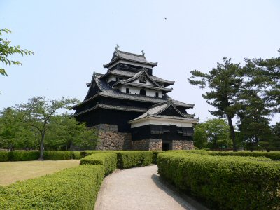 松江城。昔来たことがあるらしいが、記憶なし・・