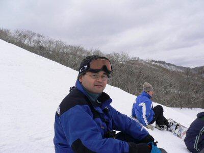 久しぶりなんでおとなしく滑るため、ヘルメット着用してません。詳しくは地滑り日記で。